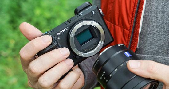 sony alpha a6300 4k hd wifi digital camera amp 1650mm 55